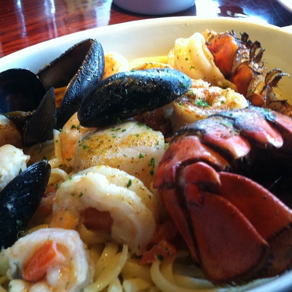 Red lobster seafood restaurant in chattanooga for Red lobster fish and chips