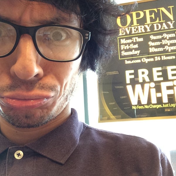 Photo taken at Barnes & Noble by Jon H. on 8/2/2014