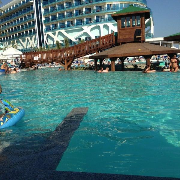 6/24/2013 tarihinde Ceren G.ziyaretçi tarafından Vikingen Infinity Resort Hotel & Spa'de çekilen fotoğraf