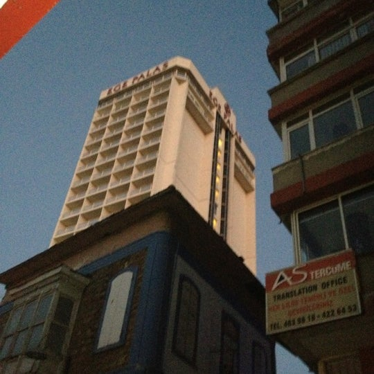 12/4/2012 tarihinde Salih K.ziyaretçi tarafından Ege Palas Business Hotel'de çekilen fotoğraf