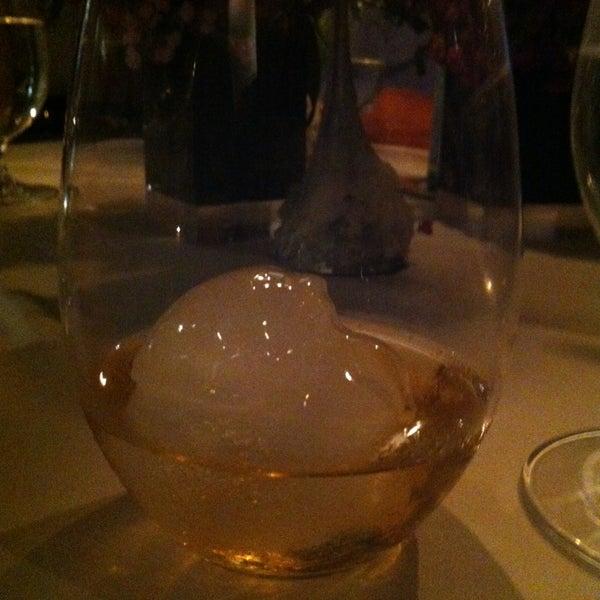Foto tomada en Jaso Restaurant por Alfredo L. el 12/21/2012
