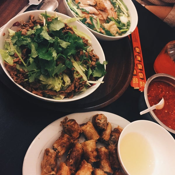 still my favorite place w/ vietnamese food! Always crowded, but its all about awesome taste, portions and good prices! Won tan, Meat soup, sajgonki, salads, etc.  just 5/5