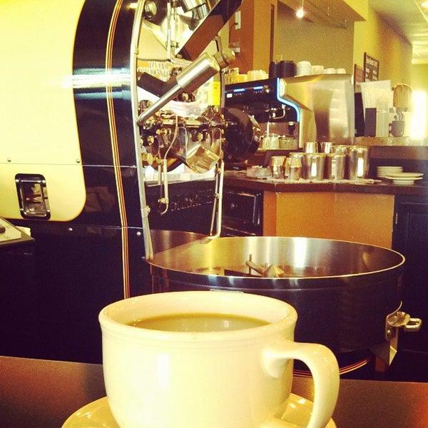 Photo taken at Arcedium Coffeehouse Inc by Ben K. on 9/21/2013