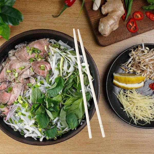 Снимок сделан в Joly Woo пользователем Стрит-фуд кафе вьетнамской кухни JOLY WOO 3/20/2017