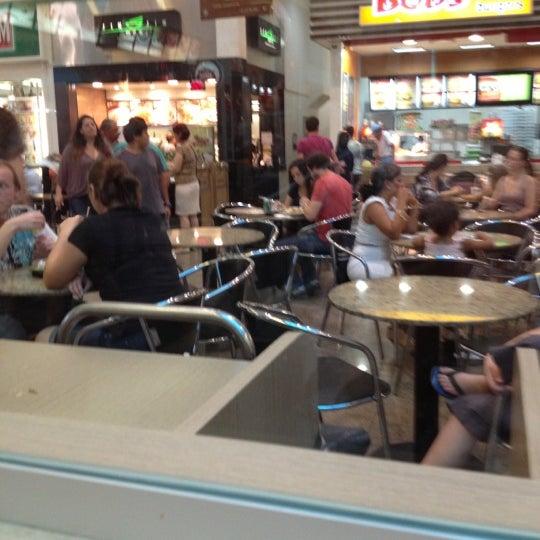 Foto tirada no(a) Shopping Neumarkt por Silvio T. em 12/9/2012
