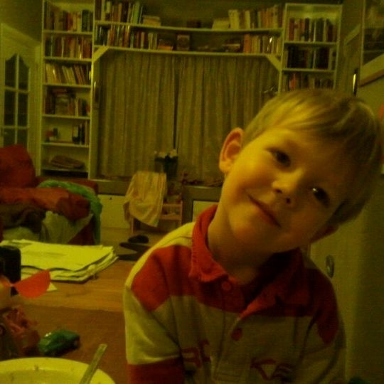 Photo taken at Breakfast Table by Elza v. on 1/10/2012