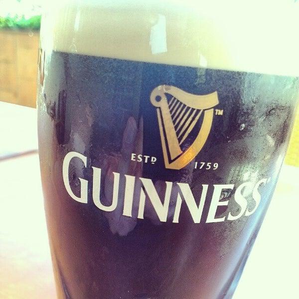 Foto tirada no(a) Fritzpatrick's Irish Pub por NERO .. em 5/26/2012