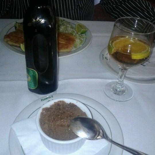 Foto tirada no(a) Restaurante Planeta's por Felipe A. em 12/6/2012