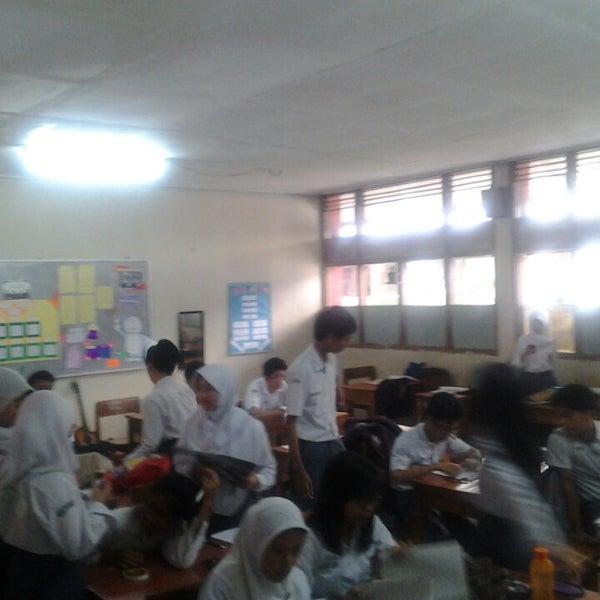 Foto diambil di SMA Negeri 25 Bandung oleh Rona I. pada 5/15/2013