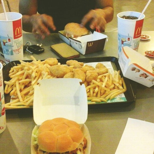 Photo taken at McDonald's by Anan A. on 7/22/2014
