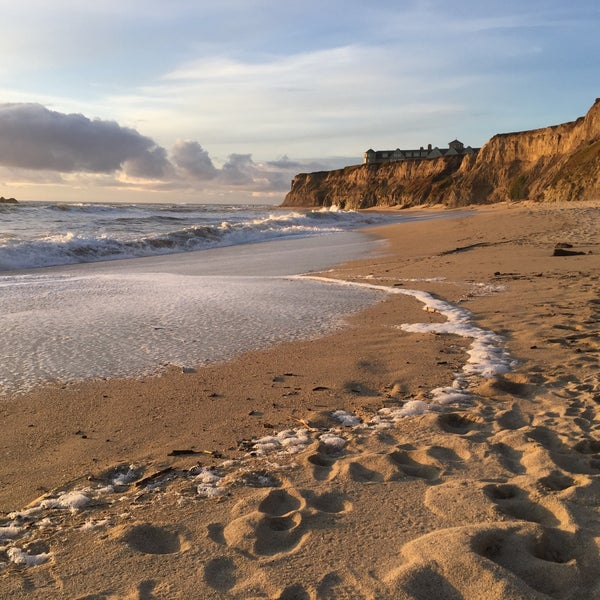 Where's Good? Holiday and vacation recommendations for Half Moon Bay, United States. What's good to see, when's good to go and how's best to get there.