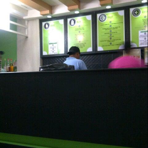 Photo taken at Moonleaf Tea Shop by Harold B. on 11/18/2012