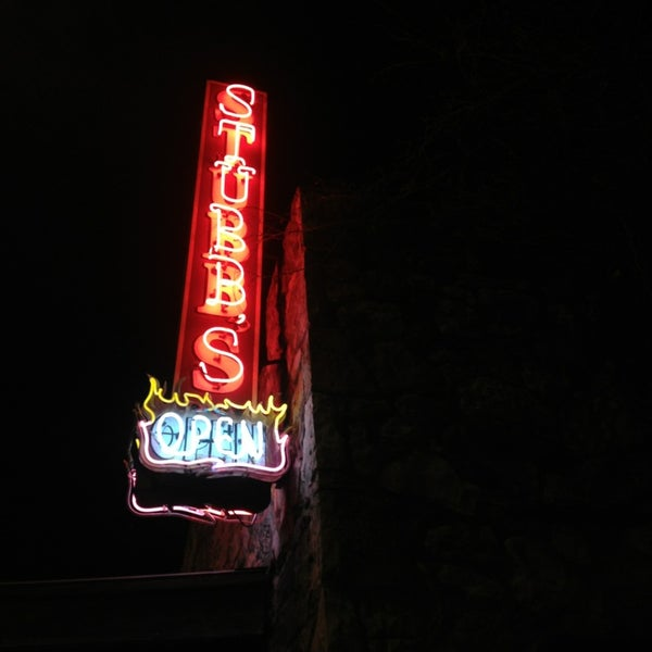 Photo taken at Stubb's Bar-B-Q by Autumn B. on 3/5/2013