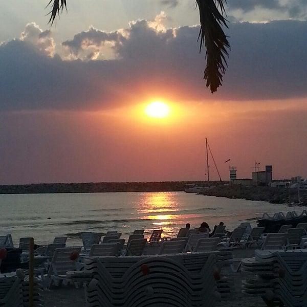 7/17/2013 tarihinde Melis E.ziyaretçi tarafından Cafe Marin'de çekilen fotoğraf
