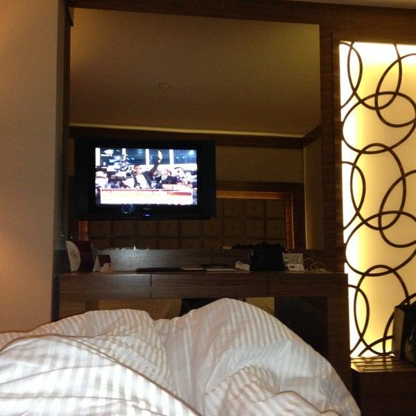 Das Foto wurde bei Grand Hotel Gaziantep von Arda Adil Ö. am 2/8/2013 aufgenommen