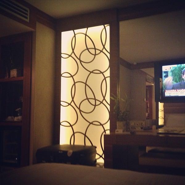 Das Foto wurde bei Grand Hotel Gaziantep von Arda Adil Ö. am 5/10/2013 aufgenommen