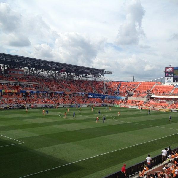 Photo prise au BBVA Compass Stadium par Erika M. le4/28/2013