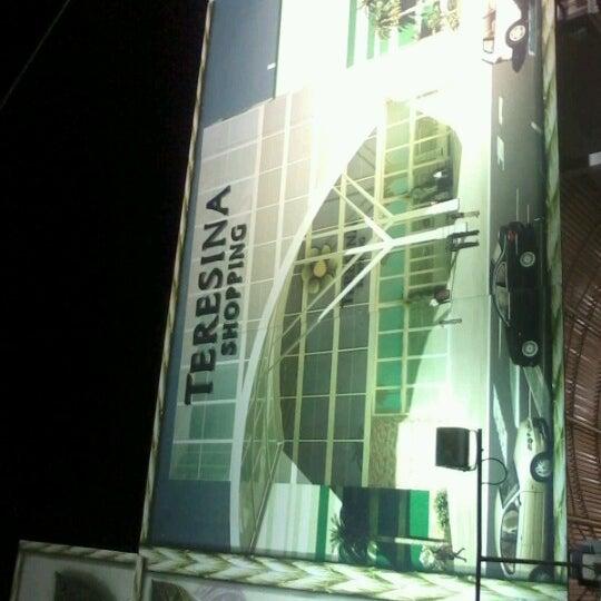 Foto tirada no(a) Teresina Shopping por Lousiel O. em 11/13/2012