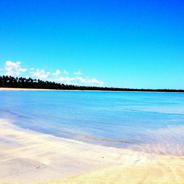 Foto tirada no(a) Praia de São Miguel dos Milagres por Rafaela V. em 1/31/2015
