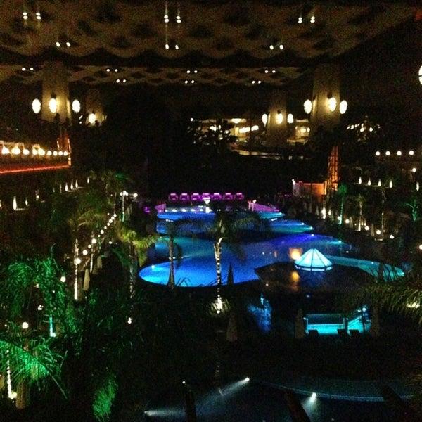 6/16/2013 tarihinde Ali B.ziyaretçi tarafından Cratos Premium Hotel & Casino'de çekilen fotoğraf