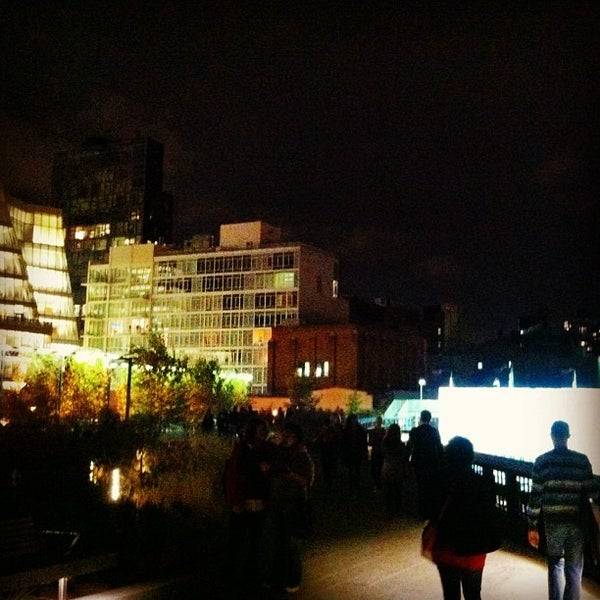 Photo taken at High Line 10th Ave Amphitheatre by Patrick D. on 10/28/2012