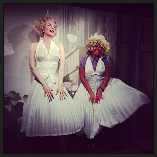 Photo taken at Madame Tussauds by  Indira . on 4/11/2013