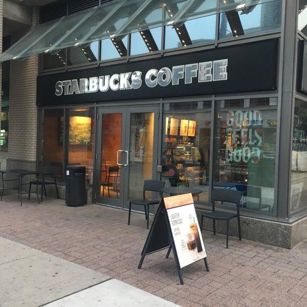 Photo taken at Starbucks by Christian Paul on 8/12/2017