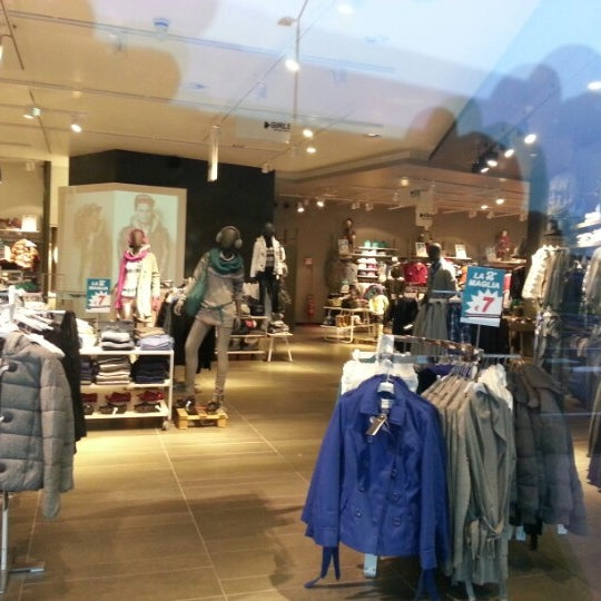 Photos at Fashion City Outlet - Shopping Mall in San Giuliano Milanese