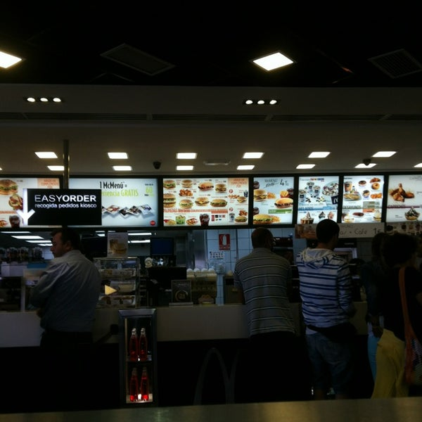 Photo taken at McDonald's by Efren G. on 6/21/2013