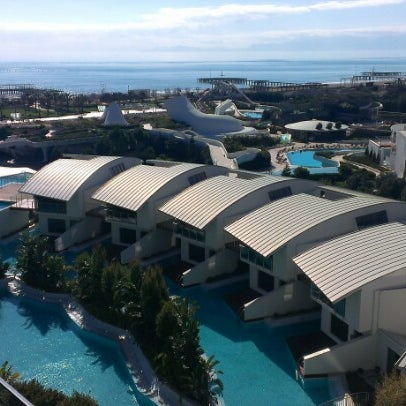 2/13/2013 tarihinde Hakki A.ziyaretçi tarafından Cornelia Diamond Golf Resort & Spa'de çekilen fotoğraf