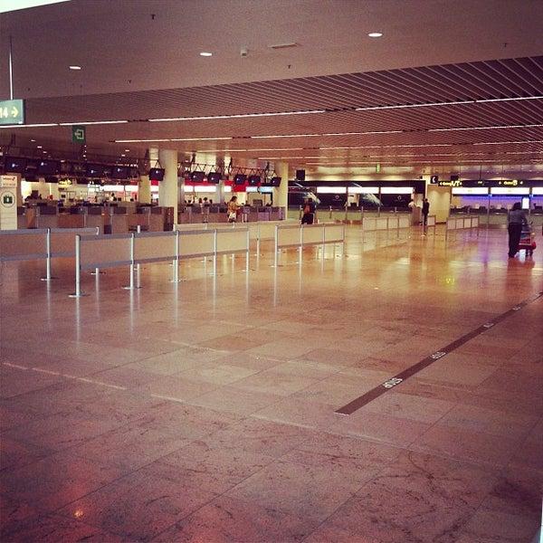 Снимок сделан в Брюссельский аэропорт (BRU) пользователем Bert V. 6/22/2013