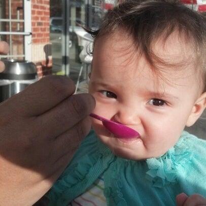 Photo taken at Menchie's Frozen Yogurt by Chris H. on 12/3/2012