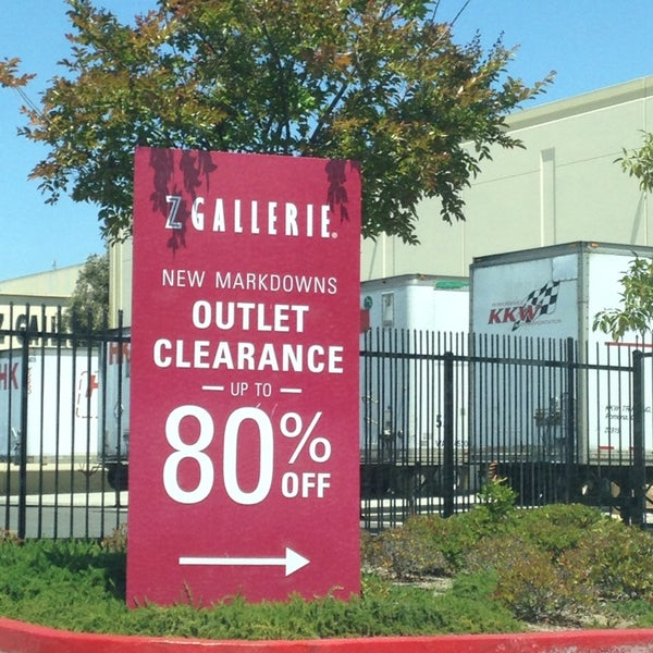 Z gallerie outlet 3 tips from 236 visitors for Furniture 4 less outlet