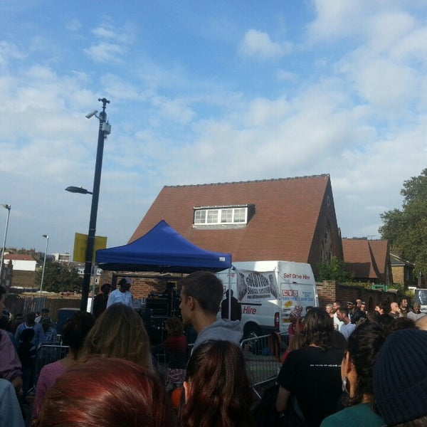 Photo taken at Ridley Road Market by YİĞİT Ç. on 9/14/2014