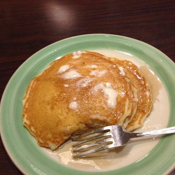 Photo taken at Perkins Restaurant & Bakery by Tony D. on 3/5/2014