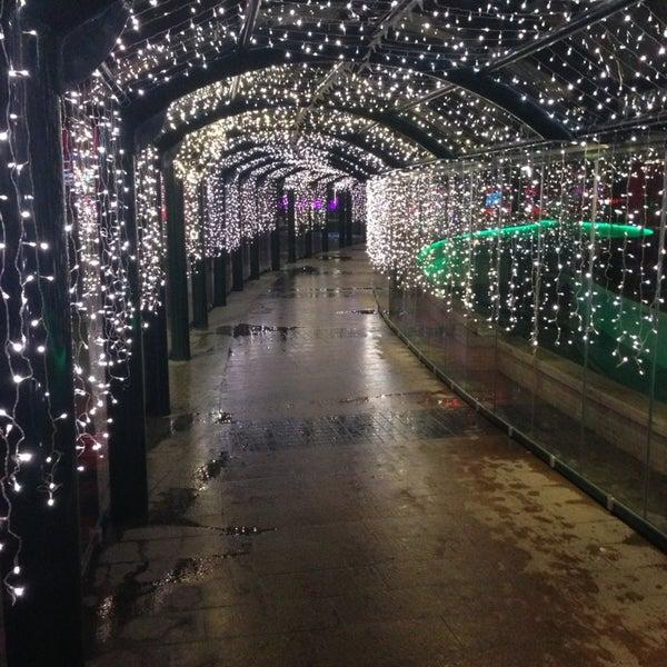 12/22/2012 tarihinde KayaEmreziyaretçi tarafından Atlantis Alışveriş ve Eğlence Merkezi'de çekilen fotoğraf