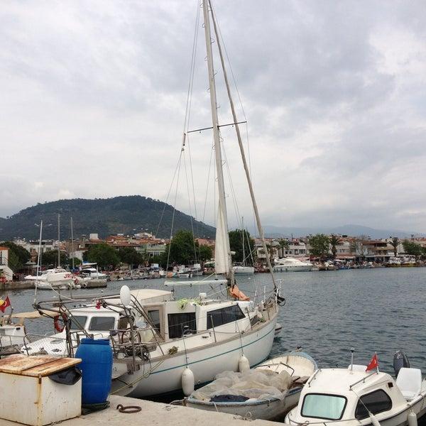 5/10/2013 tarihinde Yılmaz K.ziyaretçi tarafından Küçükkuyu Limanı'de çekilen fotoğraf