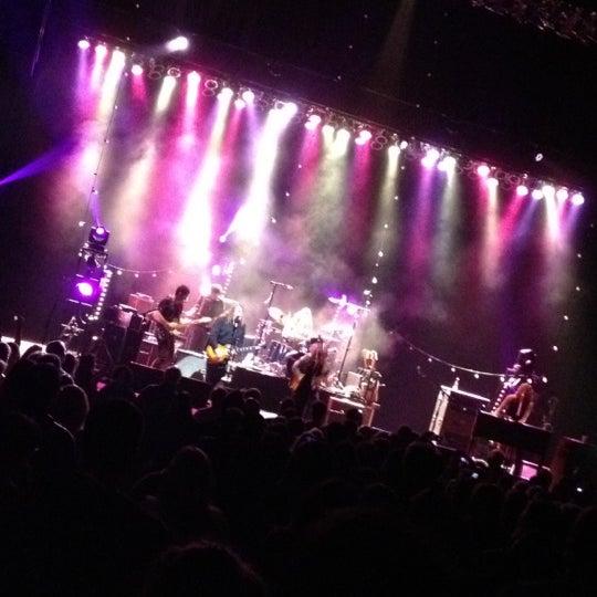 รูปภาพถ่ายที่ Beacon Theatre โดย Joanne G. เมื่อ 11/18/2012