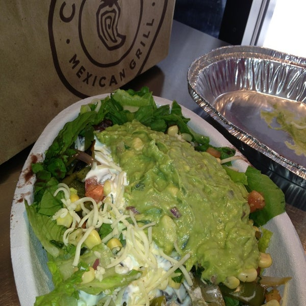 Photo taken at Chipotle Mexican Grill by Sara B. on 4/17/2013