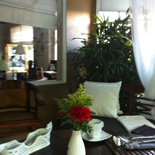 Das Foto wurde bei Pied à Terre von Anjee H. am 12/7/2012 aufgenommen
