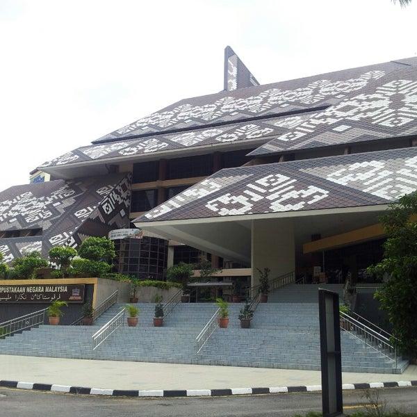 Photo taken at National Library (Perpustakaan Negara) by Teh M. on 7/19/2013