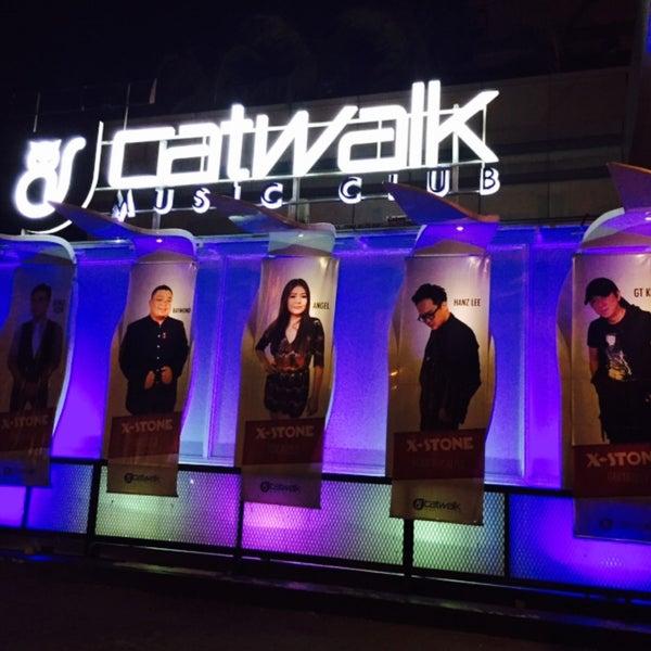 Reviews: Catwalk - IMDb
