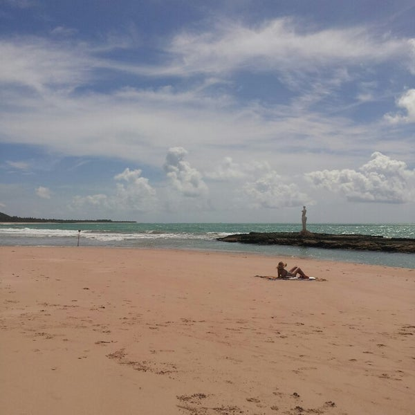 Foto tirada no(a) Praia Mirante da Sereia por Barbara A. em 2/23/2013