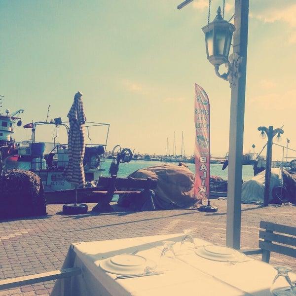 7/19/2013 tarihinde Emre Ç.ziyaretçi tarafından Küçükkuyu Limanı'de çekilen fotoğraf