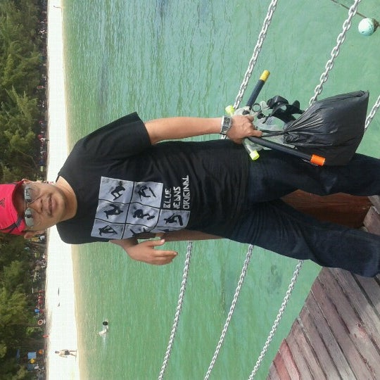 Photo taken at Manukan Island Jetty by Seikhlas P. on 12/8/2012