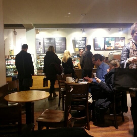 Photo taken at Starbucks by ირაკლი ტ. on 1/30/2013