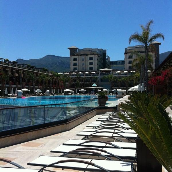 4/25/2013 tarihinde Sabri K.ziyaretçi tarafından Cratos Premium Hotel & Casino'de çekilen fotoğraf