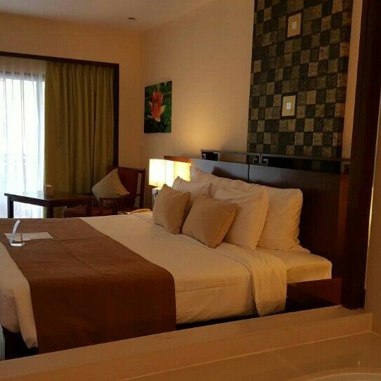 Photo taken at Anantara Si Kao Resort And Spa by NOON Rattanawadee S. on 5/28/2016