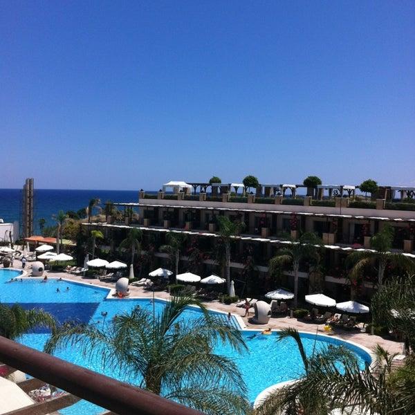 7/28/2013 tarihinde Buse G.ziyaretçi tarafından Cratos Premium Hotel & Casino'de çekilen fotoğraf