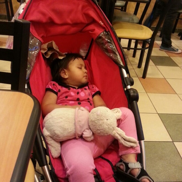 Photo taken at Subway by Nadeela D. on 9/28/2013